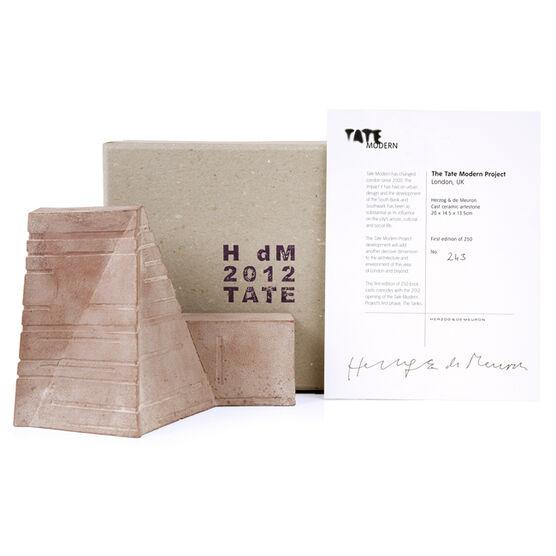 Tate Modern Brick by Herzog & de Meuron