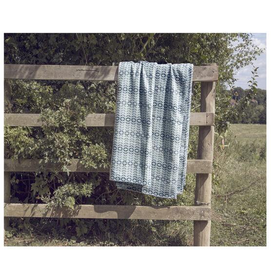 Llarwydden blue double blanket