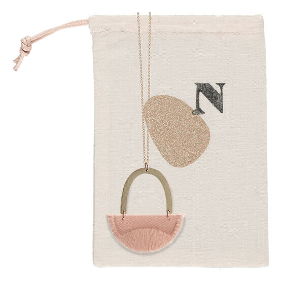 Linnea blush necklace
