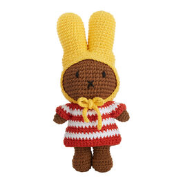 Nina crochet toy with yellow hat