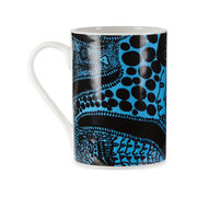 Yayoi Kusama Late Night Chat is Filled with Dreams mug set