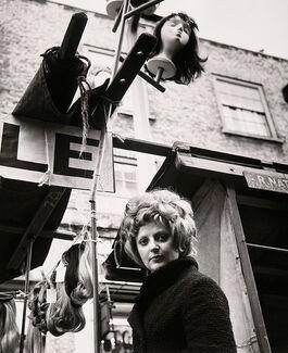 Dorothy Bohm: Petticoat Lane Market, East End, London
