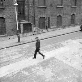 Nigel Henderson: Man in Bunsen Street, Bethnal Green